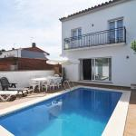 Hotel Pictures: Holiday Home Vilanera, LEscala