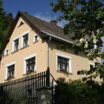 Hotel Pictures: Holiday Home Jana, Malá Skála