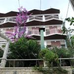 Apartments Dobrila,  Podgora