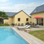 Hotel Pictures: Villa La Villa Jaune, Plouguerneau