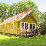 Hotel Pictures: Ferienhaus mit Terrasse und Kamin - D 048.002B, Krakow am See