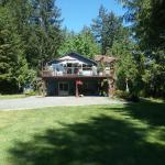 Hotel Pictures: Beaver Hut Bed And Breakfast, Port Alberni