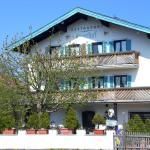Hotel Pictures: Hotel Jägerhof, Bernau am Chiemsee