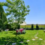 Hotel Pictures: Holiday Home La Grange, Paudy
