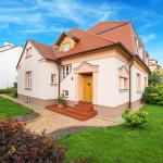 Apricot House,  Brno
