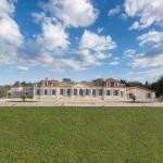 Hotel Pictures: Chateau Prieure Marquet, Saint-Martin-du-Bois