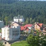 Three Korony, Skhidnitsa