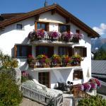 Hotel Pictures: Chasa Vidos 270 (Lorenz Scandella), Sent