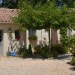 Hotel Pictures: Bed & Breakfast Villa Isis, Forcalqueiret