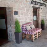 Hotel Pictures: Cal Sastre, Santa Pau