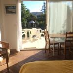 Hotel Pictures: Studio calme au milieu d'un jardin, Bordeaux