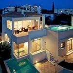 RVG Jenny Apartment with pool and sea view,  Porto Heli