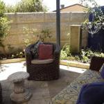Relax, bright & airy garden Villa,  Perth