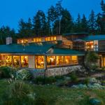 Hotel Pictures: The Surf Lodge and Pub, Gabriola