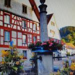 Hotel Pictures: Gasthaus Adler, Berlingen