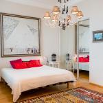 Apartment on M. Konyushennaya, Saint Petersburg