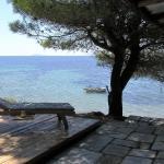 Sea And House, Nikiti