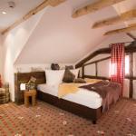 Hotel Pictures: Alpin Lifestyle Hotel Löwen & Strauss, Oberstdorf