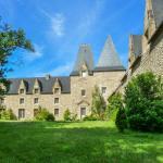 Hotel Pictures: Manoir de Pléac Ouest, Combourg