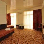 U Pliazha Hotel,  Vityazevo