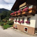 Hotel Pictures: Ferienwohnung Haus Gomig, Dölsach