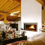 Hotel Pictures: Chalet Abode - The Alpine Club, Saint-Martin-de-Belleville