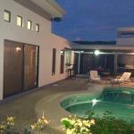Hotel Pictures: Villa Pura Vida 2, Coco