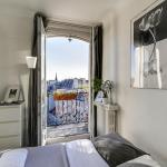 Bright Charming Flat with Terrace, Paris