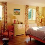 Hotel Pictures: Villa Sainte-Victoire, Rians