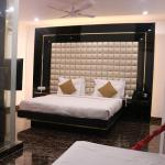 Hotel Sri Nanak Continental, New Delhi