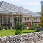 Hotel Pictures: Lutea, Riom-ès-Montagnes