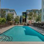 EXQUISITE MARINA 2BDR SUITE WITH BALCONY & RELAXING VIEWS, Los Angeles