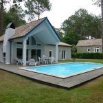 Hotel Pictures: Villa Avec Piscine Sur Le Golf De Biscarrosse, Biscarrosse
