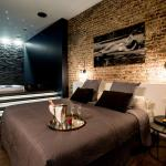 chambre avec jacuzzi sauna privatif, Brussels