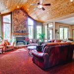 Hotel Pictures: Moose Tracks Lodge Holiday home, Breckenridge
