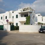 Hotel Pictures: Spiaggia Bella Apartments, Gallipoli