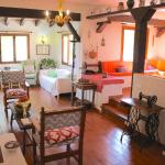 Hotel Pictures: Villa Costa Blanes, Costa den Blanes