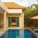 Villa Berry by Tropiclook: Shanti Style Nai Harn beach,  Rawai Beach