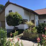 Hotel Pictures: Blütenzauber Welcome Haus, Mauerstetten
