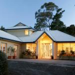 Hotel Pictures: Sea Breeze House, Mornington