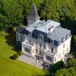 Hotel Pictures: Château de la Marine, Wimille