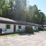 Hotel Pictures: Northland Motel, Washago