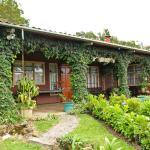 Hotel Pictures: Cabaña de Montaña, Cipreses