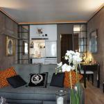 Apartment Rue De Ponthieu Paris 8,  Paris