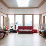 Spacious Apartment in Central Seoul,  Seoul
