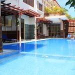 9 Dragon Hotel & Restaurant,  Phnom Penh