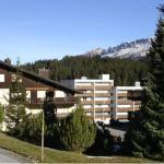 Hotel Pictures: Lenzerheide Seestrasse 203, Lenzerheide