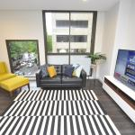 Sydney CBD Fully Self Contained Modern 2 Bedroom Apartment (202BAT), Sydney