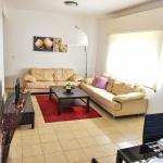 Apartment Near 4 Seasons Hotel Beach, Limassol