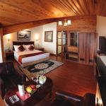 Crescent Resort,  Darjeeling